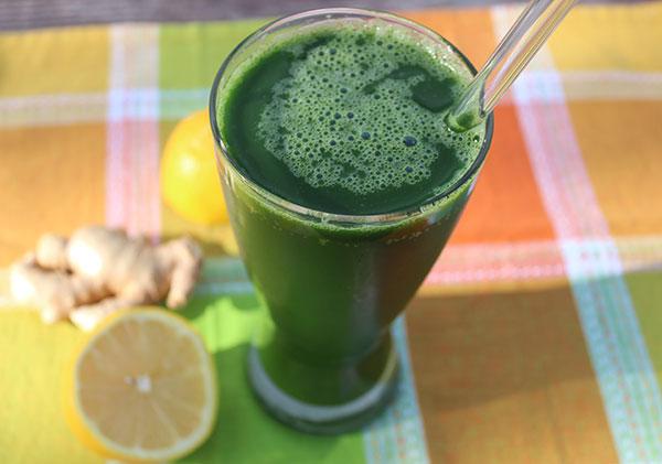 lemon-ginger-green-juice-blast-recipe