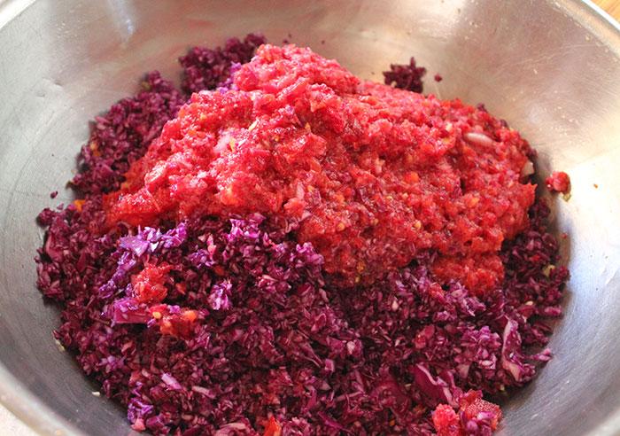 making-sauerkraut-recipe-ingredients