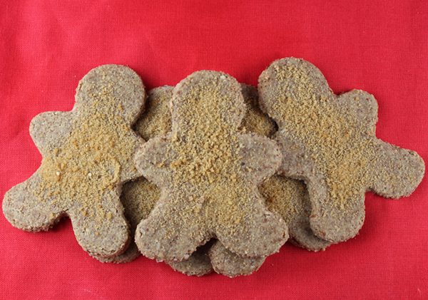 raw-gingerbread-cookies-close-up